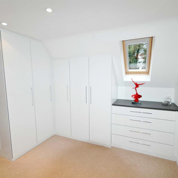 Bespoke Angle Fitted Wardrobes