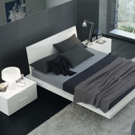 Jesse Tang Bed